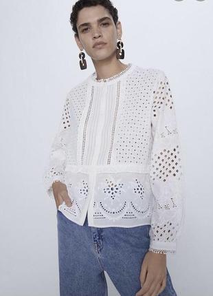 Шикарная ажурная блуза zara