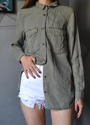 Актуальная рубашка милитари хаки из лиоцелла