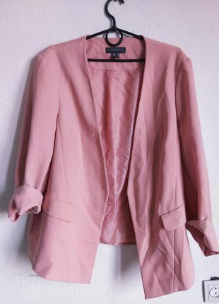 Шикарный пудровый жакет пиджак