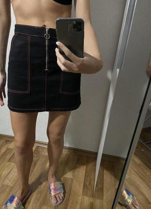 Джинсовая юбка с замком спереди