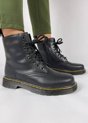 Женские ботинки на осень/весну черные натуральная кожа на змейке dr martens 1460
