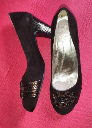 Замшевые туфли с пряжкой, туфли на устойчивом каблуке