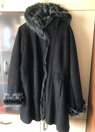 Тёплое демисезонное пальто дубленка