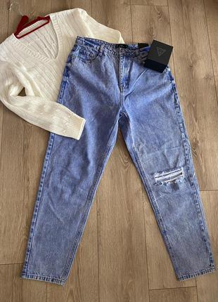 Стильні джинси mom