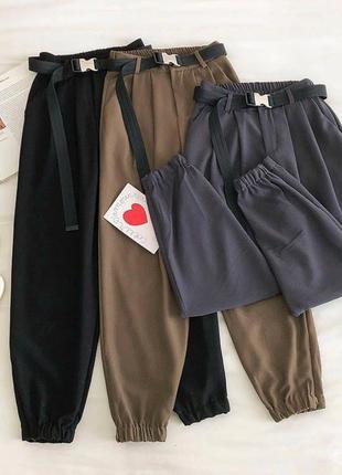 Классические брюки в спортивном стиле супер моделька