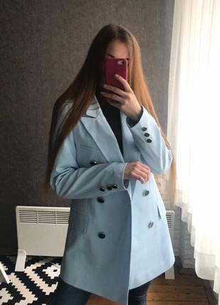 Голубой пиджак жакет двубортный на покладке over size