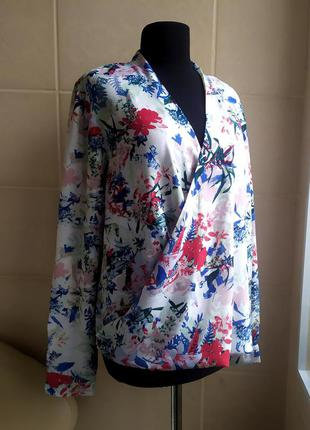 Яркая, лёгкая блуза на запах debenhams