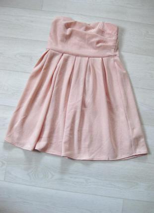 Нежное розовое платье бюстье pull&bear