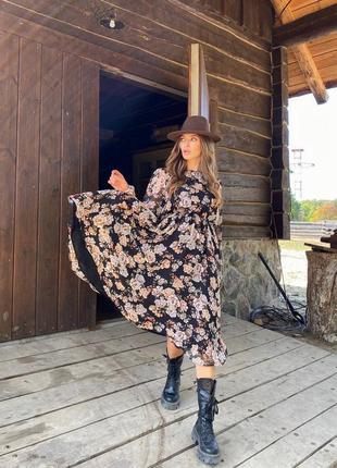 Стильное осенее платье из шифона