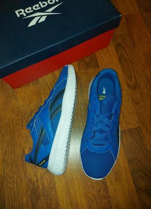Кроссовки для спорта reebok us6.5-38.5-24.6cm