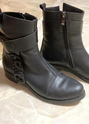 Чорные кожаные ботинки осень демисезонные marko rossi