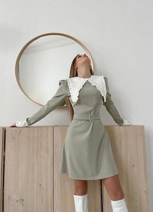 Платье с воротником незаменимый must have