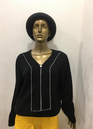 Ретро винтажный свитер с воротником