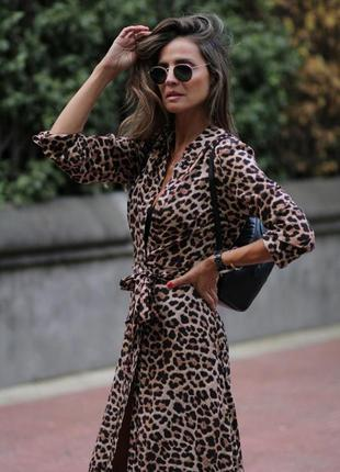 Платье рубашка в анималистическом стиле zara