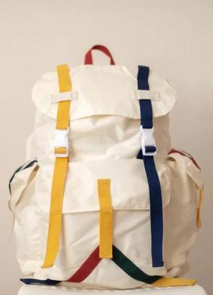 Срочно! продается большой рюкзак белого цвета с цветными вставками, mango