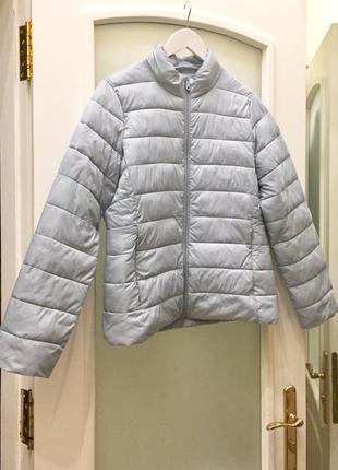 Легка куртка утеплена бренду ovs italy