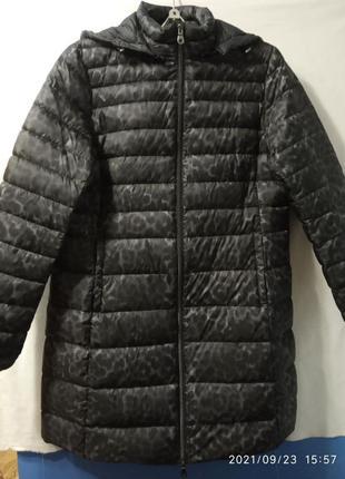 Удобное легкое пуховое пальто