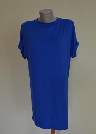 Красивая трикотажная вискозная блузочка-футболка туника василькового цвета