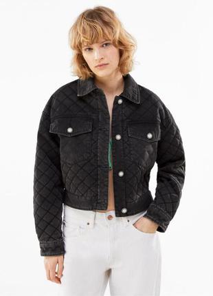 Стильная стёганная куртка цвета графит под старину