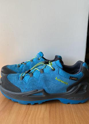 Треккинговые кроссовки lowa, оригинал, размер 37, спортивные, женские, gore-tex, синие, осенние