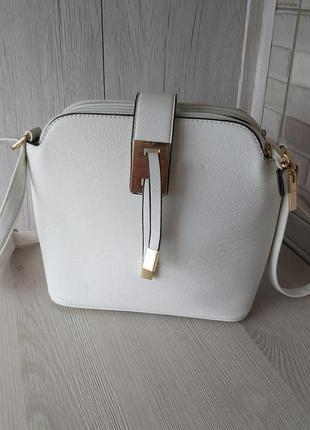 Белая сумка кросс боди