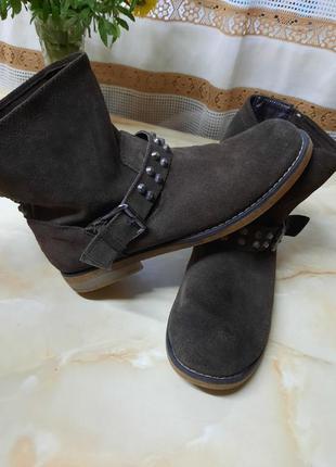 40 р. коричневые женские ботинки. кожаные ботинки