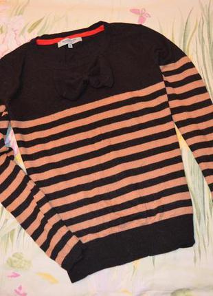 Кофточка свитер