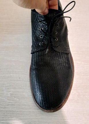 Мужские туфли moma