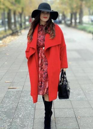 Красное пальто на запах с поясом
