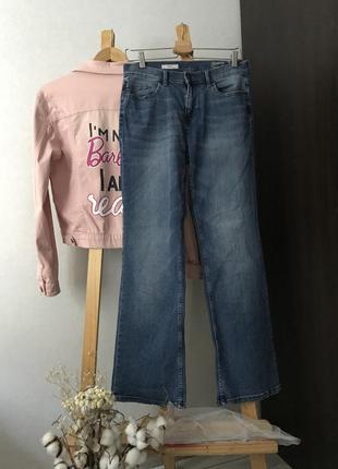 Стильні прямі джинси