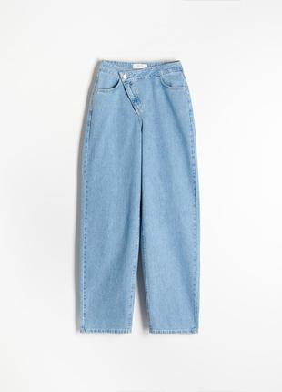 Джинси reserved трендові широкі світлі голубі джинси.