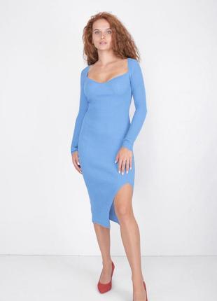 Небесное голубое трикотажное платье рубчик