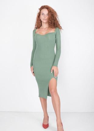 Трикотажное оливковое платье рубчик  трикотаж  турция