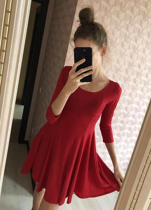 Красное платье блестящее pevd'elle paris люрексовое бальное