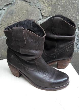 Кожаные ботинки.много обуви!!