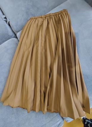 Продам юбку плиссерованую, плиссе uniqlo. оригинал