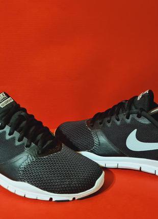 Nike flex essential tr  39р. 25см кроссовки для бега и тренировок