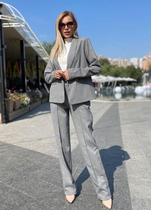 Серый брючный кашемировый костюм с узором ёлка пиджак блейзер брюки со стрелками