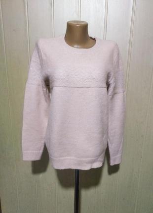 Свитер нежно-розовый шерсть
