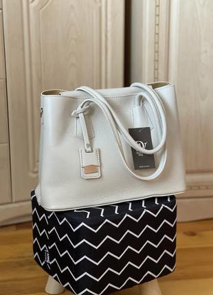 Шкіряна сумка кожаная сумка diva's bag італія классика бежевая