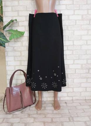 Фирменная marks & spenser юбка миди в чёрном цвете с вышивкой, размер 3хл