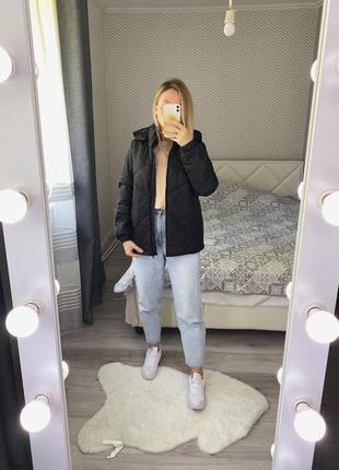 Новая базовая черная куртка плащевка осень