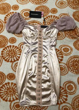 Платье pretty little thing xs