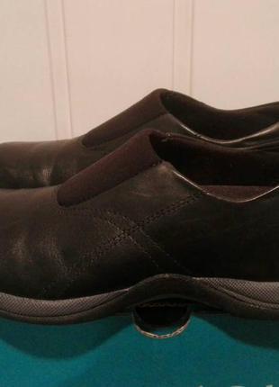 Туфли,мокасины кожанные фирмы clarks