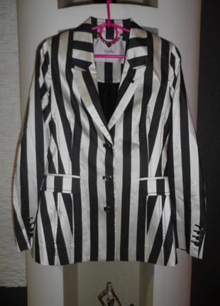 Luella ,шикарный пиджак,шёлк 100%,новый.р.8-10,новый