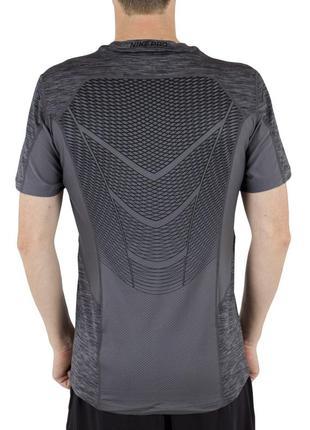 Классная мужская спортивная зональная футболка nike pro