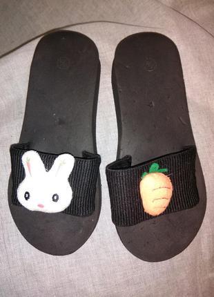 """Шлепки """"заяц и морковка""""."""