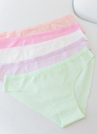 Жіночі безшовні трусики - кольоровий мікс
