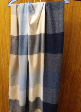 Жіночий шарф в  клітинку