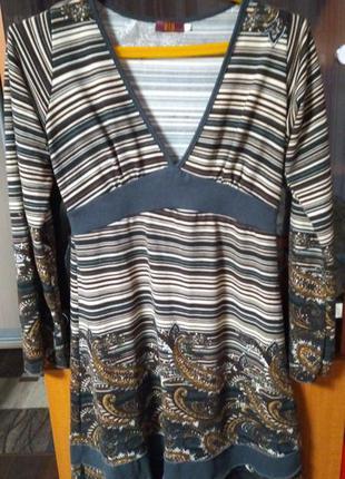 Платье из тонкого кашемира